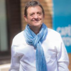 Gilles Poux invité de PLURIEL
